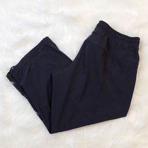 Lululemon dark blue drawstring capri crop pants 6